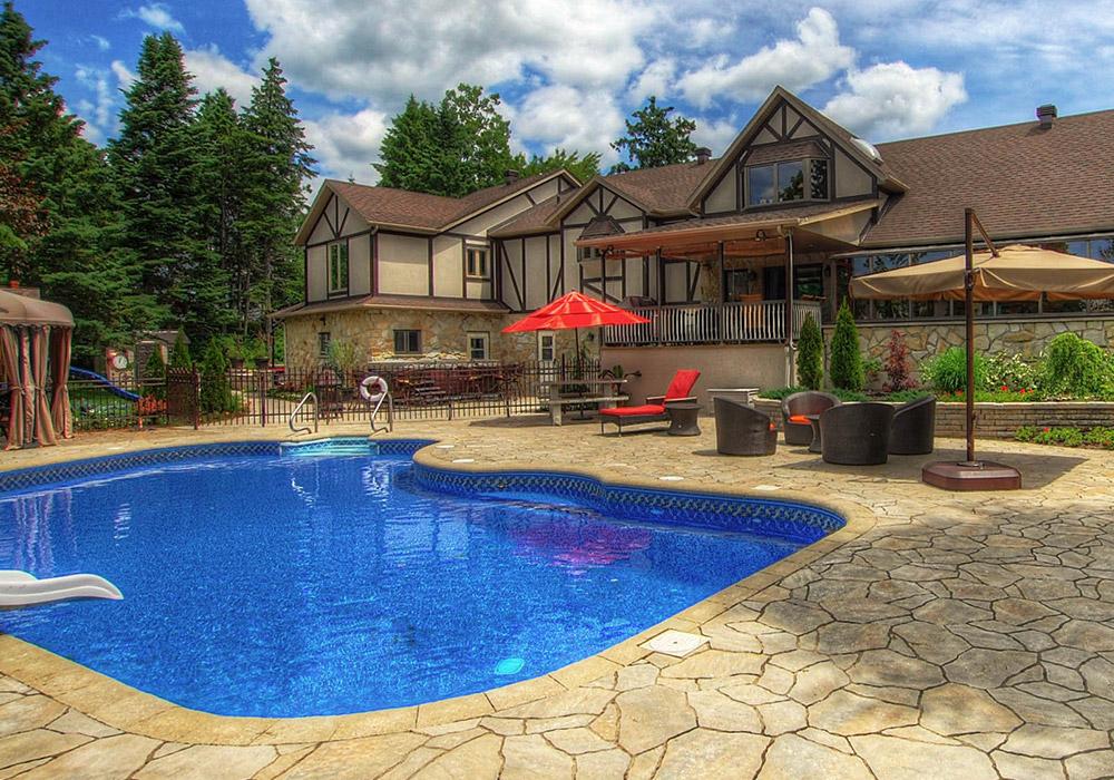 Am nagement paysager piscine creus e am nagement spa - Amenagement paysager avec piscine creusee ...